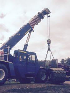 MAC FRANNA 25T | Riverina Crane Services Pty Ltd
